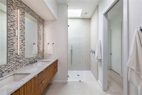 Bathroom In South Carolina Modern Residence In South Carolina Filled With Light And