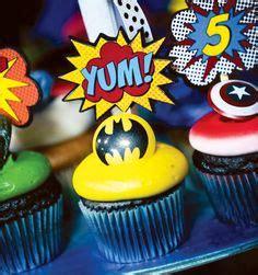 Char Coll Pinata Batman 1000 images about cupcakes comics on batman