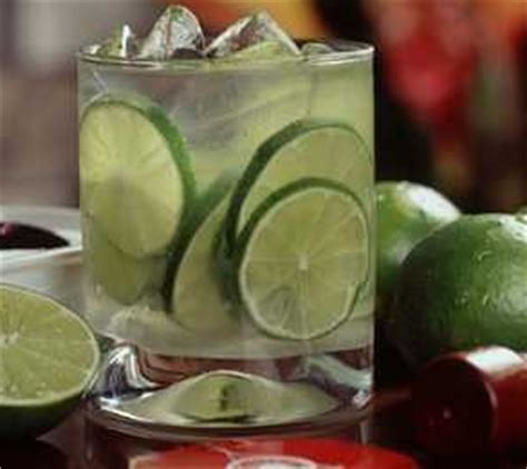 Cara Membuat Detox Jeruk Nipis by Cara Membuat Minuman Es Jeruk Nipis Resep Minuman Mazmuiz