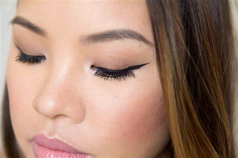 Eyeliner Decay who makes decay makeup style guru fashion glitz
