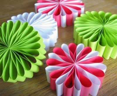 Decorations For To Make With Paper - 30 easy handmade decorations paper crafts for