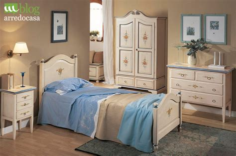 mobili da dipingere come dipingere i mobili in stile provenzale m