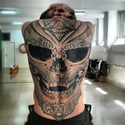 tattoo pain on back best 25 men back tattoos ideas on pinterest man back