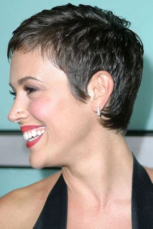 Millisa Milanos Hair | alyssa milano with short hair