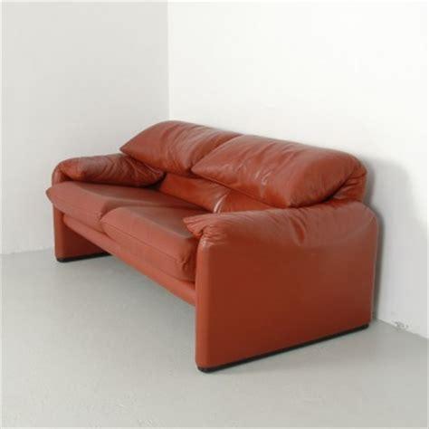 cassina sofa price maralunga sofa by vico magistretti for cassina 9189