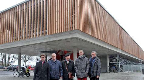 architekt dachau neues radlparkhaus am dachauer bahnhof eingeweiht f 252 r ein