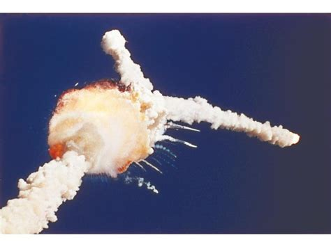 challenger explosion space shuttle challenger disaster