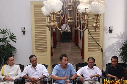 video film soekarno indonesia merdeka perankan fatmawati tika bravani belajar bahasa bengkulu