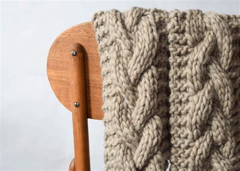 easy cable knit scarf the cascades knit scarf in a stitch