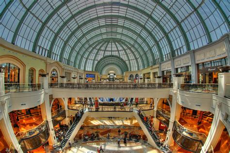 emirates mall the mall of the emirates in dubai suzzstravels