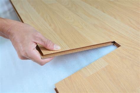 Remove Vinyl Flooring by How To Remove Vinyl Flooring Contractor Quotes