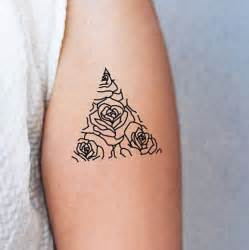 minimalist tattoo artist best 25 minimalist tattoos ideas on pinterest minimal tattoo dainty tattoos and delicate tattoo