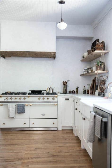 repeindre des 駘駑ents de cuisine repeindre un meuble de cuisine trendy repeindre meuble