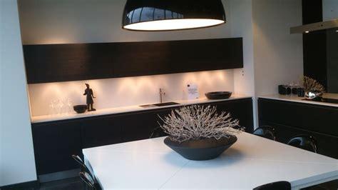 y line keuken showroomkeukens be alle showroomkeuken aanbiedingen uit