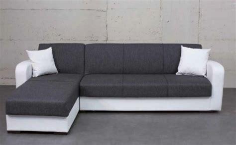 stock divani divani stock nuovissimi