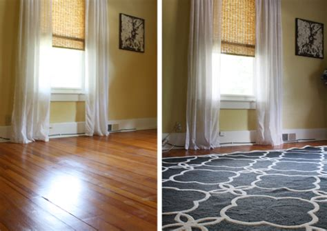 How Use An Area Rugs With Your Hardwood Floors Area Rug On Hardwood Floor