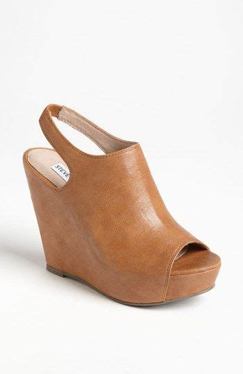 steve madden barcley wedge available at nordstrom