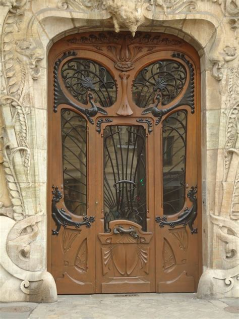 art nouveau door photo