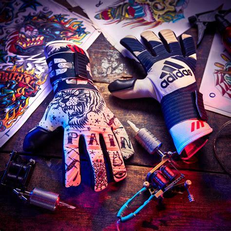 guanti da portiere adidas adidas ha fatto i guanti da portiere tatuati marte