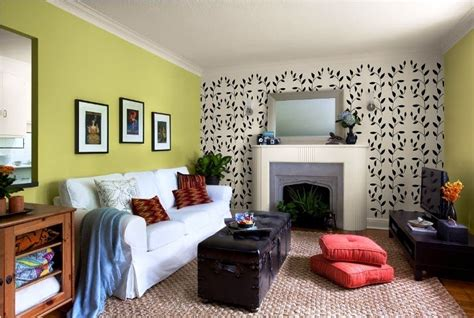colors for small living room walls best paint color for accent wall in living room