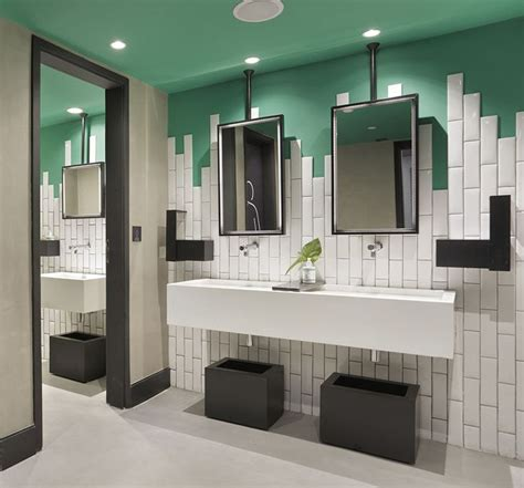 bathroom paint and tile ideas mejores ideas sobre baldosas de ba 241 os de metro en pinterest
