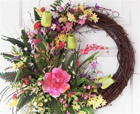 best 25 wreaths ideas on pinterest spring wreaths grapevine summer wreath ideas pilotproject org