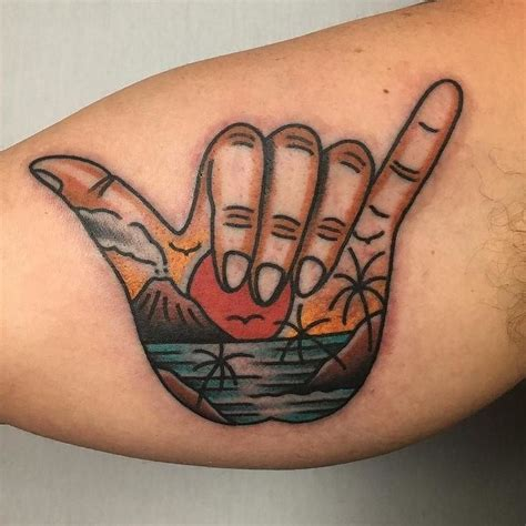 shaka tattoo the 25 best shaka ideas on tattoos