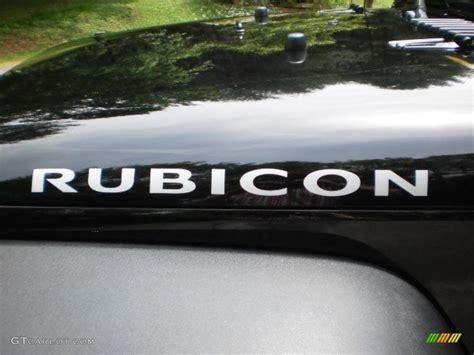 jeep wrangler rubicon logo 2010 jeep wrangler rubicon 4x4 marks and logos photo