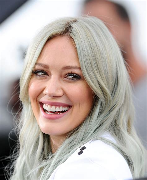 Style On The Set by Hilary Duff Style On The Set Of In Universal City