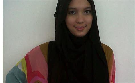 Jilbab Ida Royani I Series trend busana muslim terkini baju muslim cantik baju