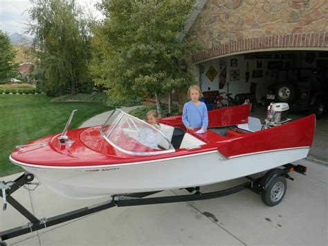 vintage fiberglass boats for sale in florida 190 best images about vintage look for runabout boats on