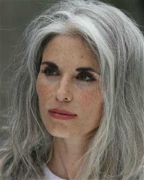 love the salt n pepper hair hairstyles pinterest 1000 images about stylish women with gray silver salt n