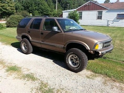 sell used 1996 chevrolet blazer ls sport utility 4 door 4 3l in hazel crest illinois united