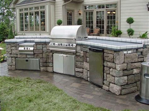 backyard barbeque arlington 居家置業 拒絕經濟衰退 戶外廚房受歡迎 大紀元