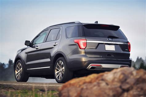 2016 ford explorers 2016 ford explorer reviews and rating motor trend