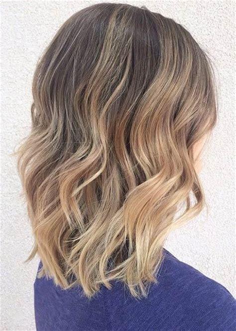 coupe cheveux epaule id 233 es coupes pour cheveux courts cheveux aux 233 paules