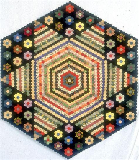 Hexagon Patchwork Quilt - 116 best hexagons images on hexagon quilting