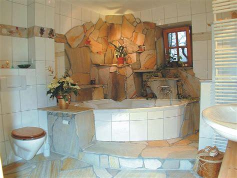 Badezimmer Mit Naturstein by Badezimmer Naturstein Mosaik Gispatcher