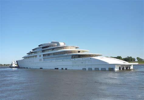 azzam yacht interni largest yacht in the world azzam designed by nauta yachts