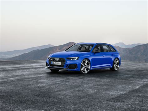 new audi rs4 avant 2018 audi rs4 avant has 450 horses does 0 100km h in 4