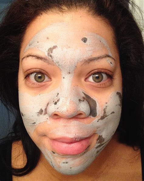 Glow Acne With Tto product review glam glow supermud clearing treatment the neon leopard