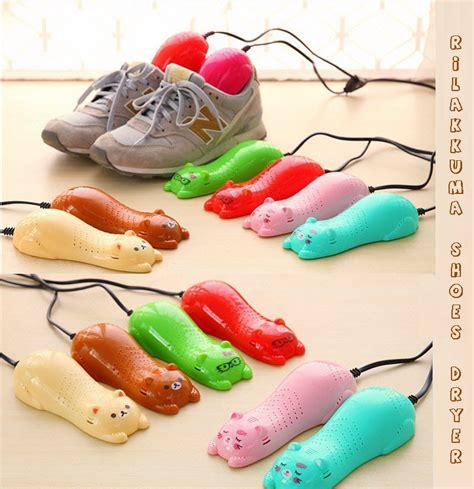 Pengering Sepatu Anti Bau jual alat pengering sepatu kiri kanan beda warna shoes dryer hilangin bau toko jempol
