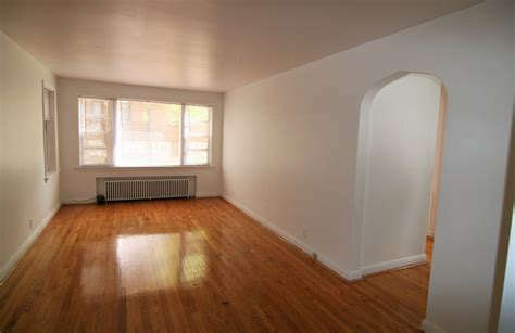 1 bedroom dogtown apartment close to zoo washu houses barron realty 6252 southwood ave 1 bed