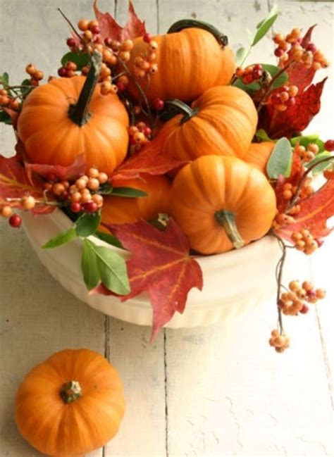 fall leaves decoration 30 cool ways to use autumn leaves for fall home d 233 cor