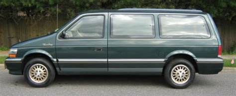manual cars for sale 1993 chrysler town country user handbook 1993 chrysler town and country mini van 96 205 miles