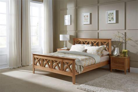 Futon Holzbett by Serene Maiden 6ft Superking Wooden Bedstead