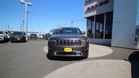 brown jeep grand 2017 2017 jeep grand limited walnut brown hc837057
