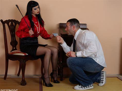 Kk Lol Serving Miss Trinity The Strict Nylon Andsatin Mistress Image