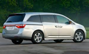 2011 Honda Odyssey Touring Car And Driver
