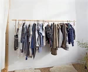 ideas diferentes para colgar tu ropa 183 inspiration